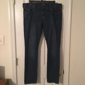 Old Navy The Diva  Straight Leg Jeans